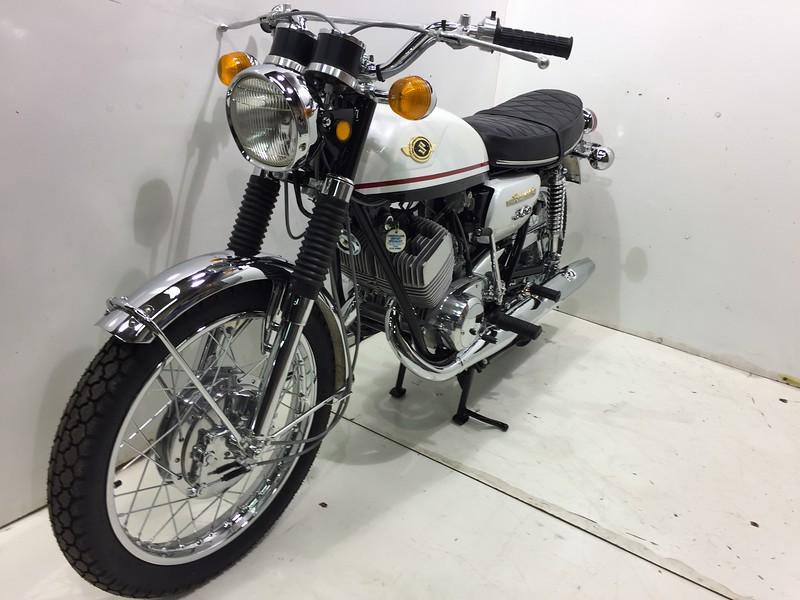 Suzuki 1969 T350 (13).JPG