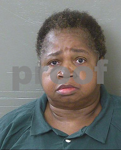 325pound-woman-charged-with-killing-girl-by-sitting-on-her