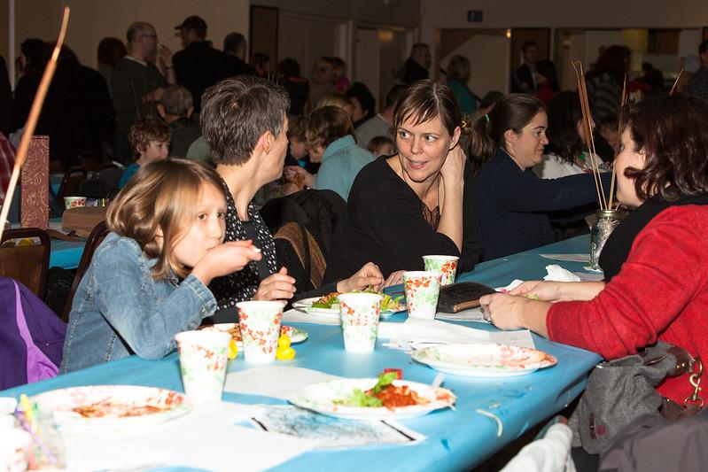 Woodget-131203-065--auction, charity - 14002000, children - 14024001, events - social, fundraiser, Montessori, school, Seattle.jpg