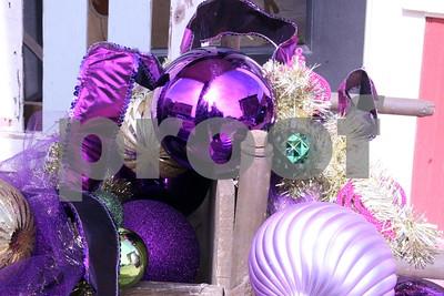 2/22/14 Palestine's A Taste Of New Orleans Mardi Gras Celebration by Lisa Pierce