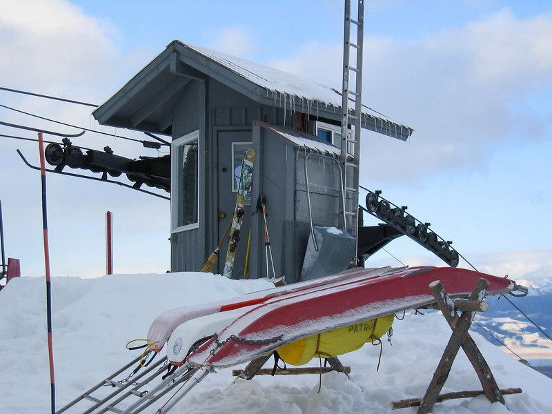Hut on Jackson Hole mountain resort   (Dec 11, 2006, 03:30pm)