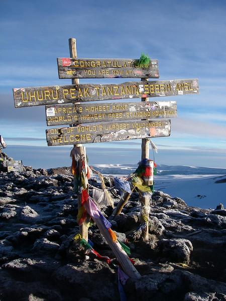 """Uhuru Peak 5895 m - meaning """"freedom peak"""""""