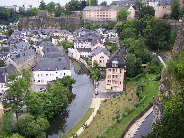 2004.07 Luxembourg