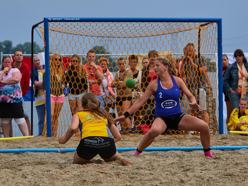 Molecaten NK Beach Handball 2015 dag 2 img 681.jpg