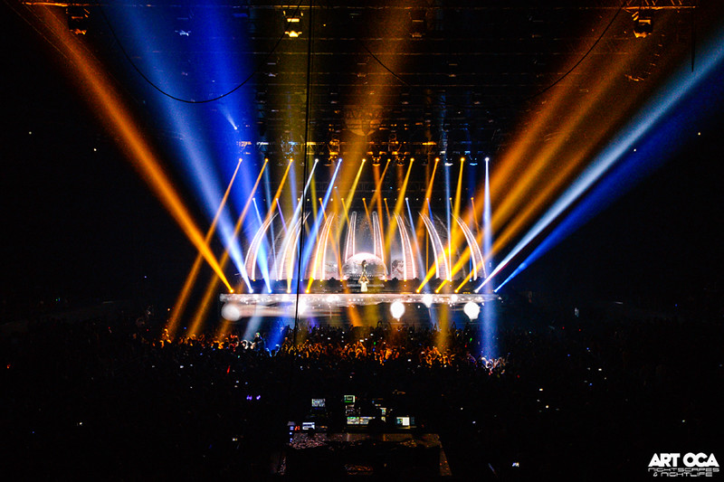 Armin Only at SM MOA Arena (28).jpg