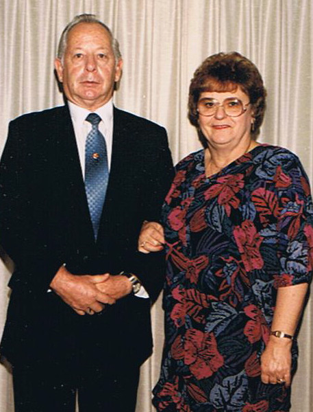 Ken and Dolores 25yrs-705139000-O.jpg