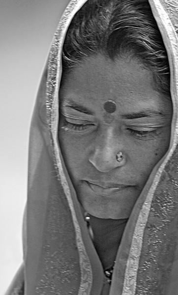 NE-INDIA-20041106A-205A-BW.jpg