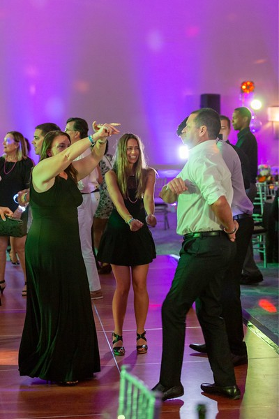 2019_11_Yachtail_Party_01545.jpg