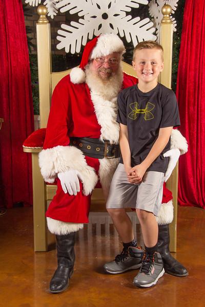 Santa 12-16-17-432.jpg