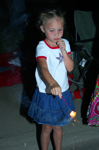 2009_July4th_Rocklin_LillySparkler.JPG