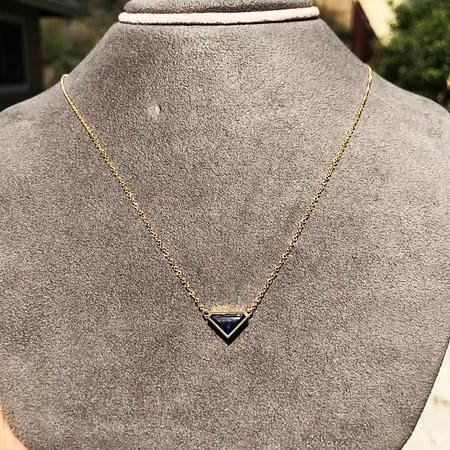 1.32ct Vintage Sapphire Bezel Necklace