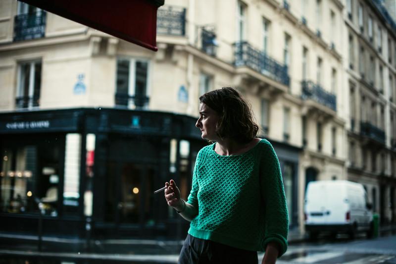 smokng woman cafe.jpg