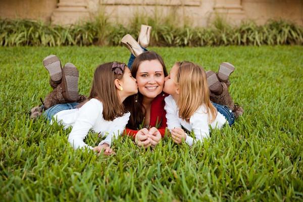 Ashely & Her Girls - Thanksgiving