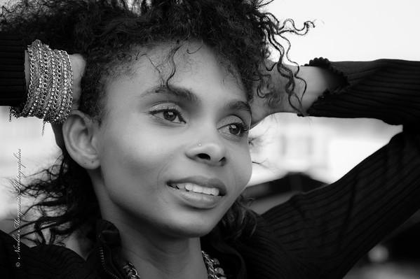 Cynthia L., La Dame en Noir de Bir Hakeim