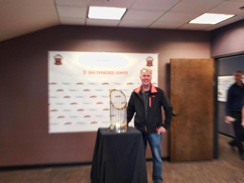 Loel's World Series Trophy       Photo 01.jpg