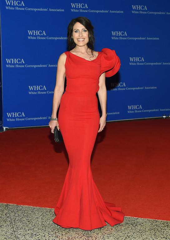 . Lisa Edelstein arrives at the White House Correspondents\' Association Dinner at the Washington Hilton Hotel on Saturday, April 30, 2016, in Washington. (Photo by Evan Agostini/Invision/AP)