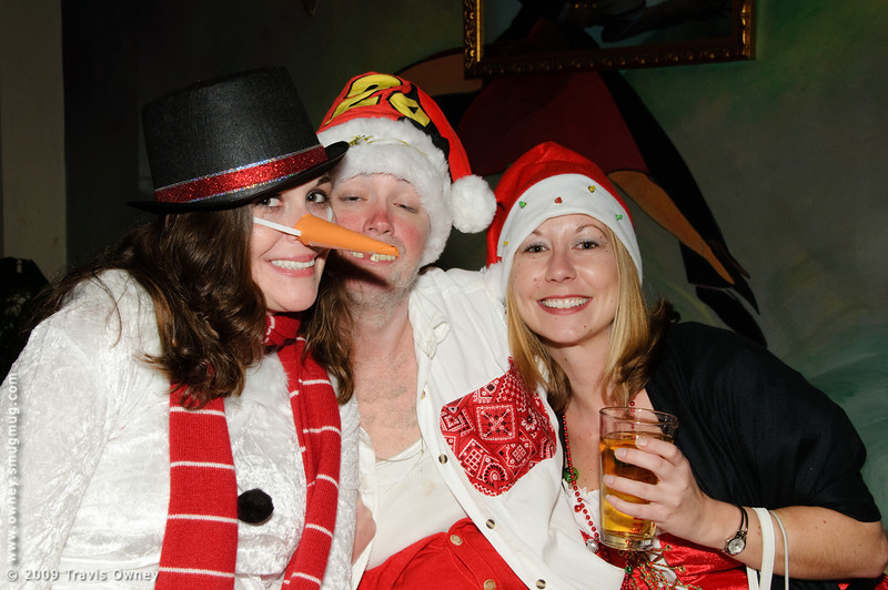 2009 ALS Santa Crawl-85.jpg