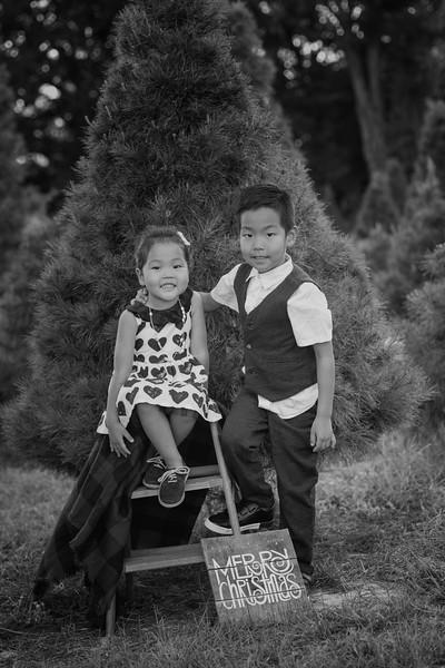 Independence siblings II B&W.jpg