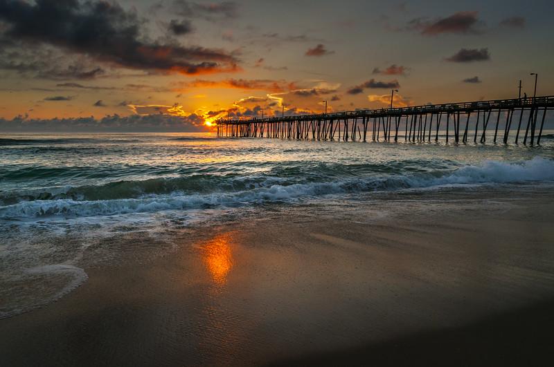 Nagshead Pier Sunrise 090420183.jpg