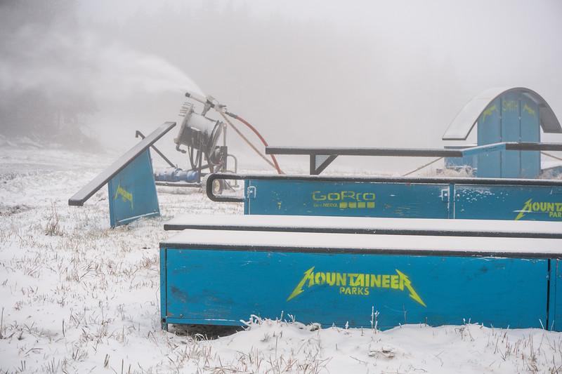 Snowmaking-03355.jpg