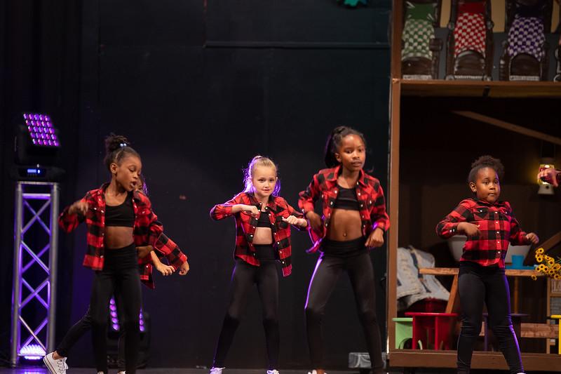 Dance Productions Recital 2019-236.jpg
