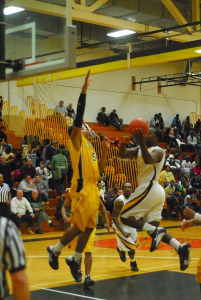 20090113_MCC Basketball_3525.JPG