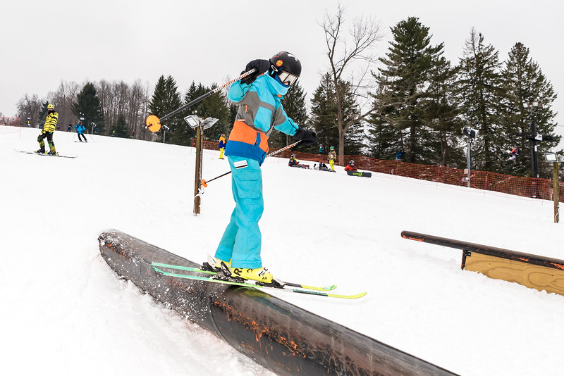 Mid-Season-Party_2017_Snow-Trails-9597.jpg