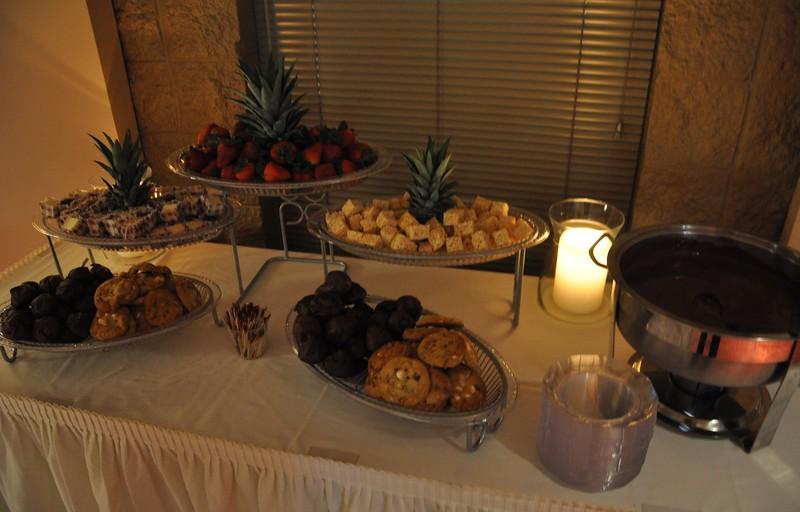 desert table by Christian Catering Co_.jpg