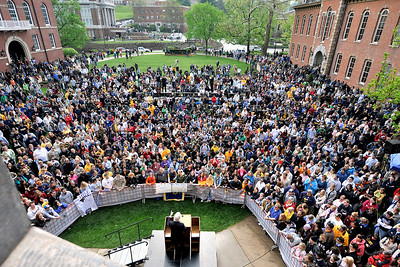 25349 former President Bill Clinton speaking at wvu