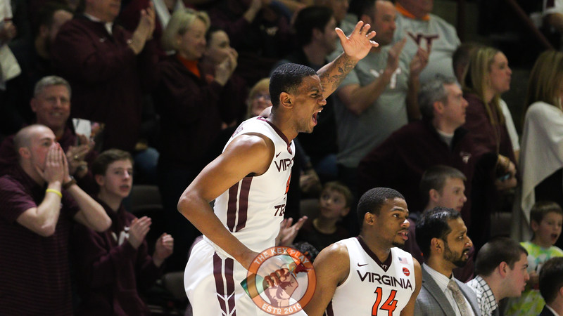 Nickeil Alexander-Walker urges on his teammates from the bench as the Hokies attempt to mount a comeback. (Mark Umansky/TheKeyPlay.com)