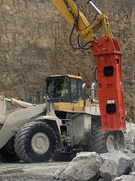 NPK GH15 hydraulic hammer on Komatsu PC490- National Lime, Carey, OH  1-19 (7).jpg
