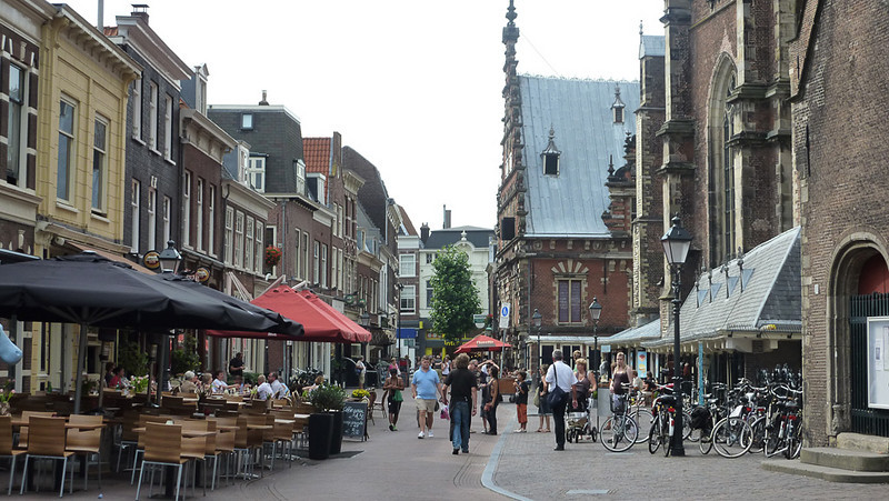 Market square. i bought my first (only?) cone of frites here. Frites (fries) are fried twice here so the outside is very crispy, inside soft. They are served with mayo, not ketchup. And we were informed that frites were invented in Belgium, not in France.