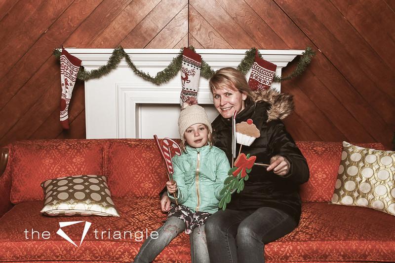 awkward-family-photo-booth-111.jpg