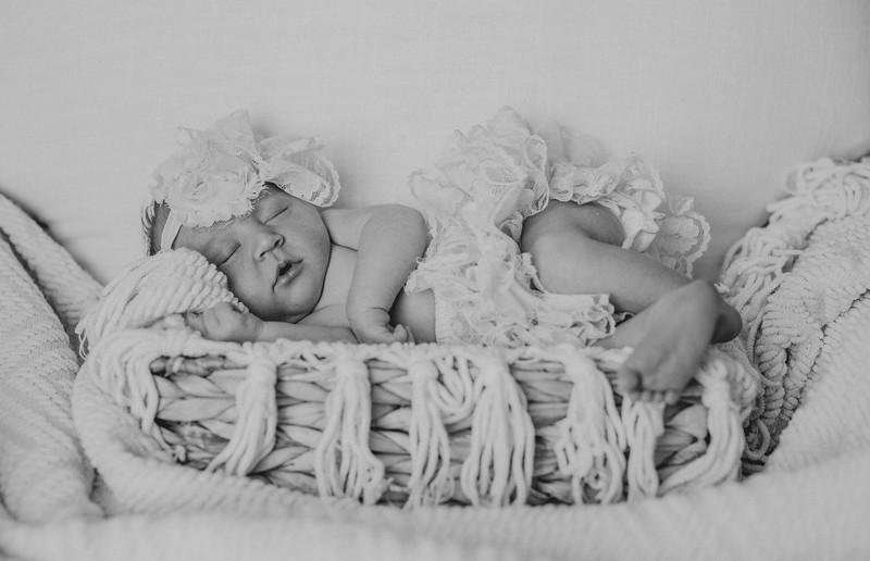 Carter_Newborn-0058-2.jpg