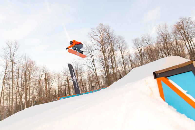 Kick-Off-2014_Snow-Trails-127.jpg