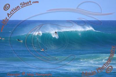 <font color=#F75D59>2010_10_20 - Surfing Sunset, NORTH SHORE</font>