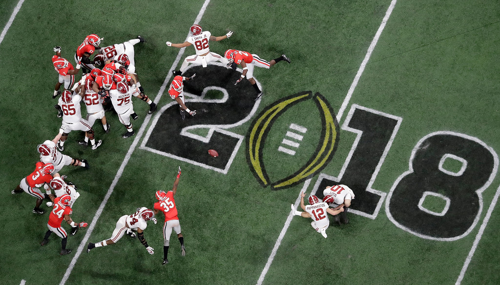 . Alabama place kicker Andy Pappanastos misses a field goal during the second half of the NCAA college football playoff championship game against Georgia Monday, Jan. 8, 2018, in Atlanta. (AP Photo/John Bazemore)