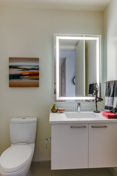 Bathroom 3-IMG_4886_enfB.jpg