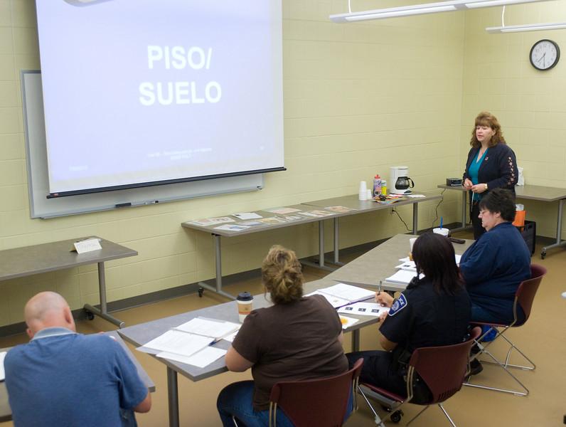 07_09_10_public_safety_spanish-205.jpg