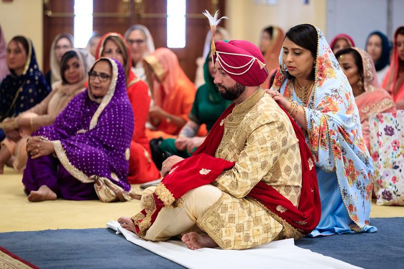 Neelam_and_Matt_Gurdwara_Wedding-1324.jpg