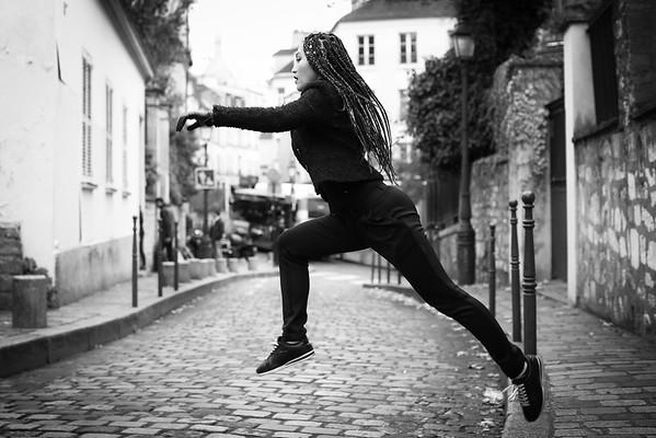 Ailine, Un Jour de Novembre 2017, à La Butte Montmartre