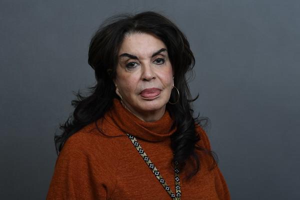 45. Elaine Nikolakakos