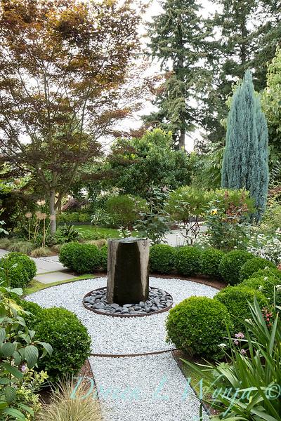 Lisa Bauer - designer's garden_1253.jpg