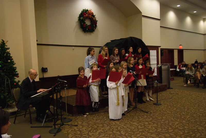 2017-12-17-Christmas-Pageant_144.jpg