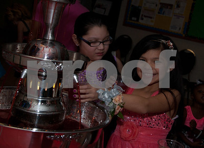 2/2/13 Tyler Parks & Rec Hosts Daddy/Daughter Dance 2013 - Girls 4 to 8 by Sharla Drain