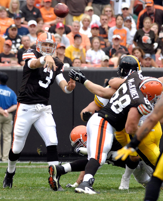 . News-Herald file The Browns Derek Anderson throws over the middle during Sunday\'s loss to the Steelers at Cleveland Browns Stadium.