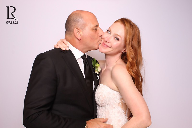 Lauren and Rodney (SkinGlow Booth)