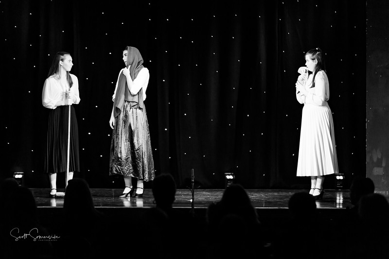 BnW_St_Annes_Musical_Productions_2019_628.jpg
