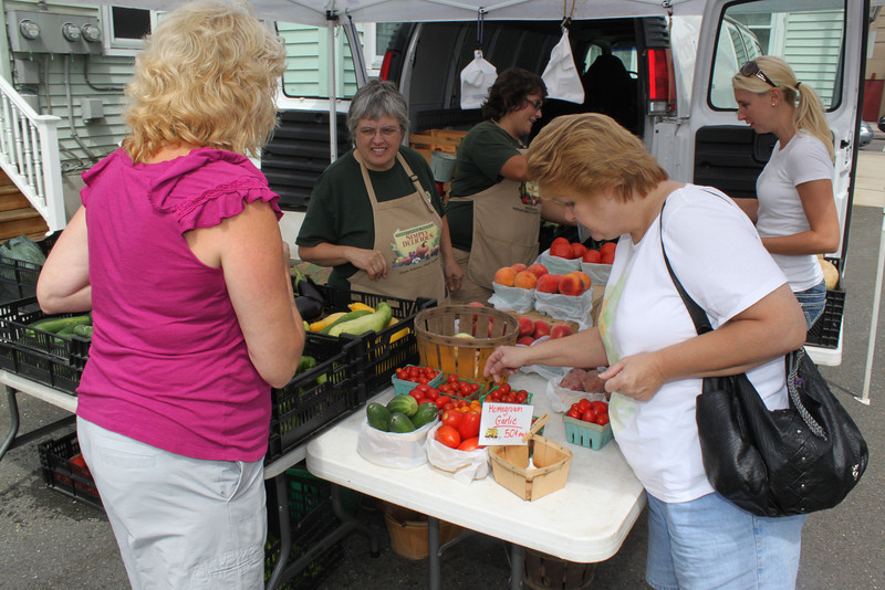 Tamaqua Tuesday Farm Market, West Broad St, Tamaqua, 8-16-2011 (11).JPG