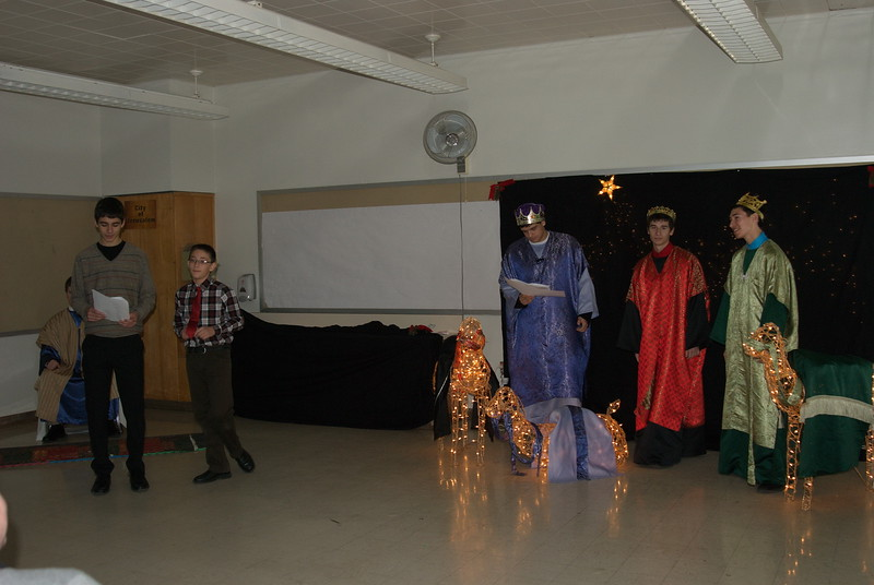 2011-12-18-Christmas-Pageant_119.jpg